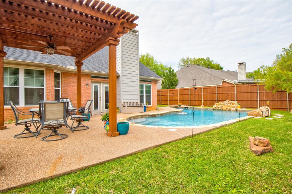 1809 Greenhaven  Lane, Grapevine, Texas 76051 - acquisto real estate best new home sales realtor linda miller executor real estate