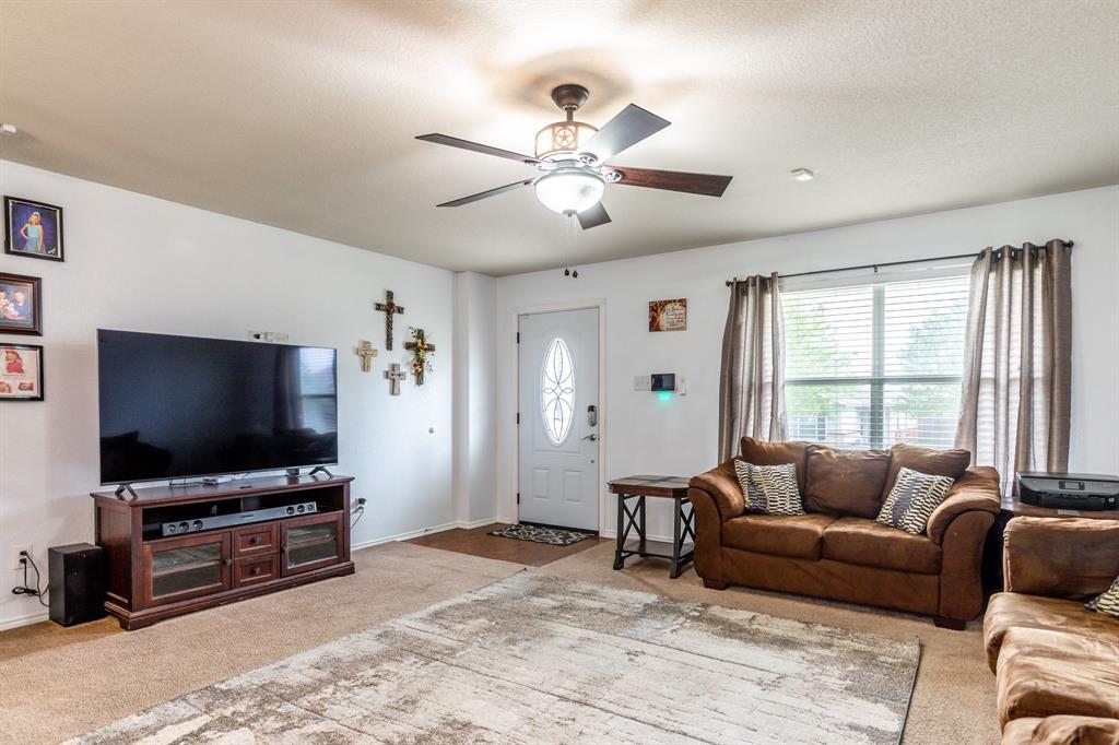 1824 Vineridge  Lane, Burleson, Texas 76028 - acquisto real estate best the colony realtor linda miller the bridges real estate