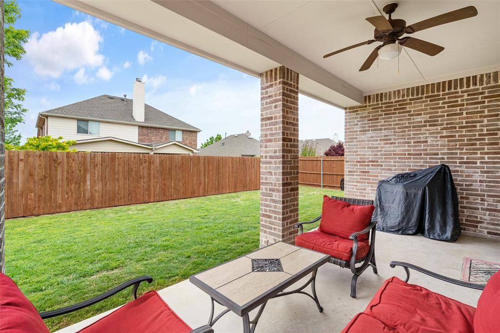 1920 Fairway Glen  Drive, Wylie, Texas 75098 - acquisto real estate best plano real estate agent mike shepherd