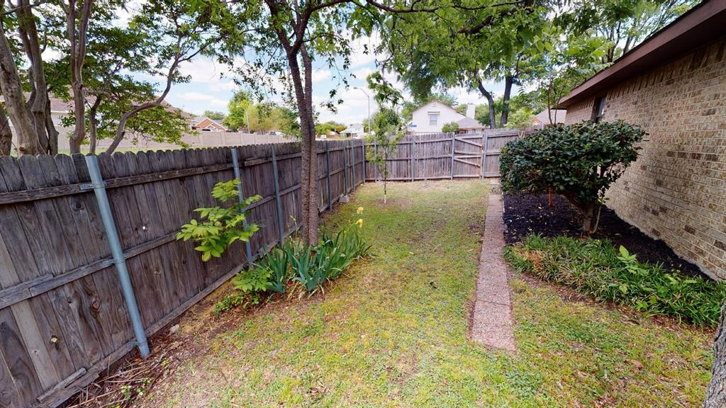 4100 Vincent  Terrace, Haltom City, Texas 76137 - acquisto real estate agent of the year mike shepherd