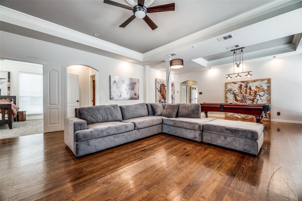 6405 Grand  Avenue, Dallas, Texas 75223 - acquisto real estate best prosper realtor susan cancemi windfarms realtor