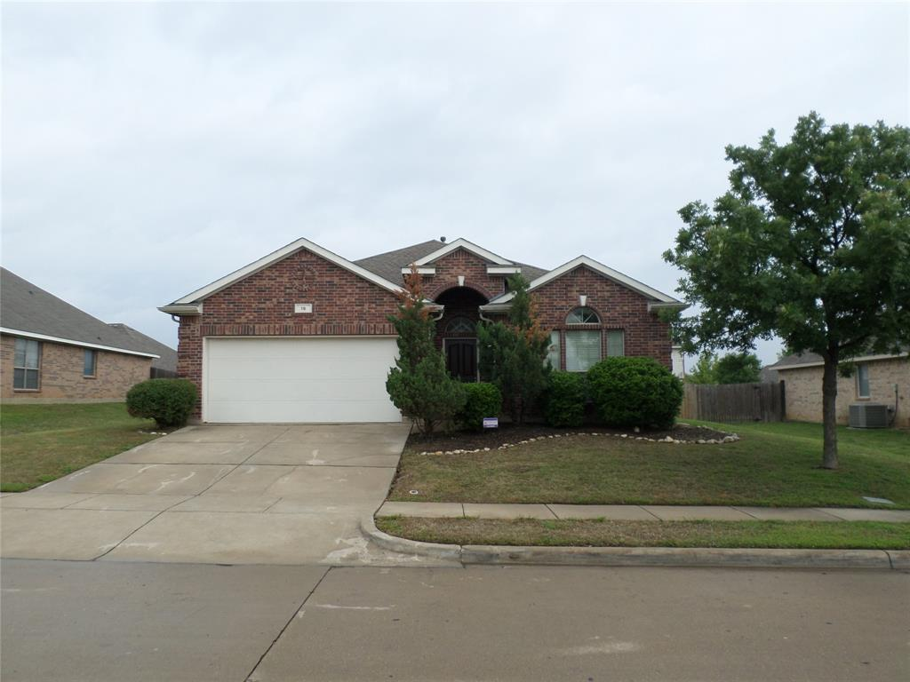 16 Spring Garden  Drive, Edgecliff Village, Texas 76134 - Acquisto Real Estate best plano realtor mike Shepherd home owners association expert