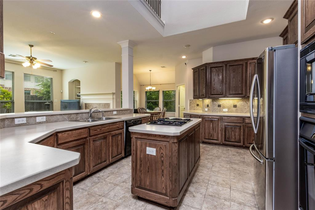 2620 Waterfront  Drive, Grand Prairie, Texas 75054 - acquisto real estate best style realtor kim miller best real estate reviews dfw