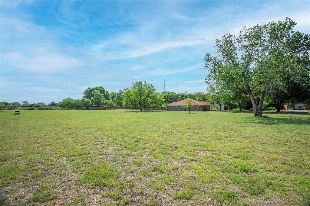 414 County Road 4659  Rhome, Texas 76078 - acquisto real estate best looking realtor in america shana acquisto