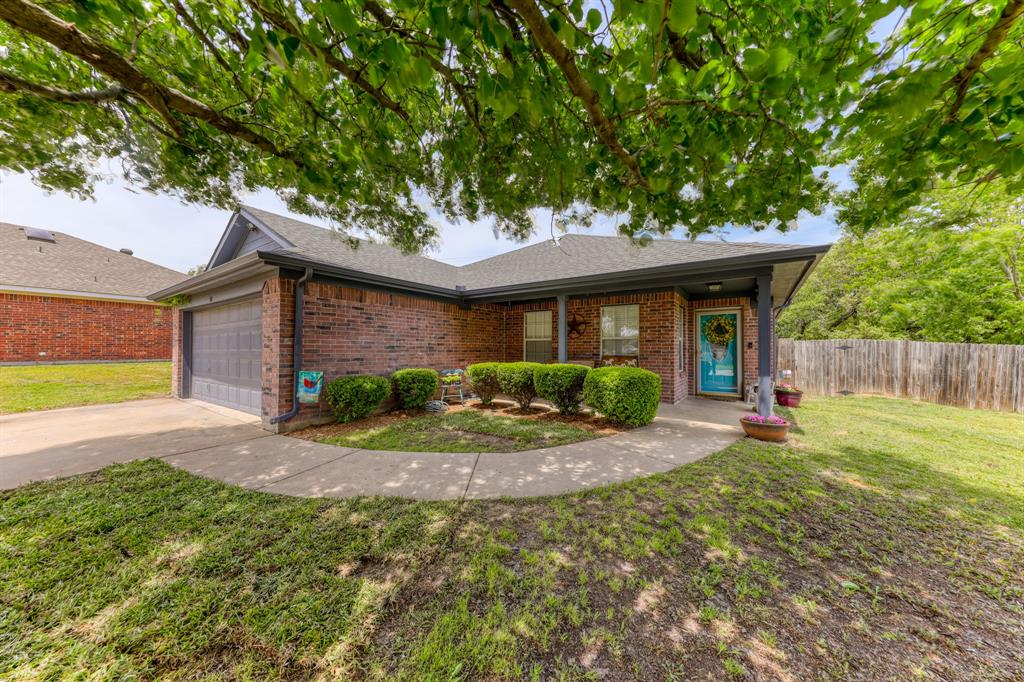 310 Dalhart  Court, Weatherford, Texas 76086 - Acquisto Real Estate best plano realtor mike Shepherd home owners association expert