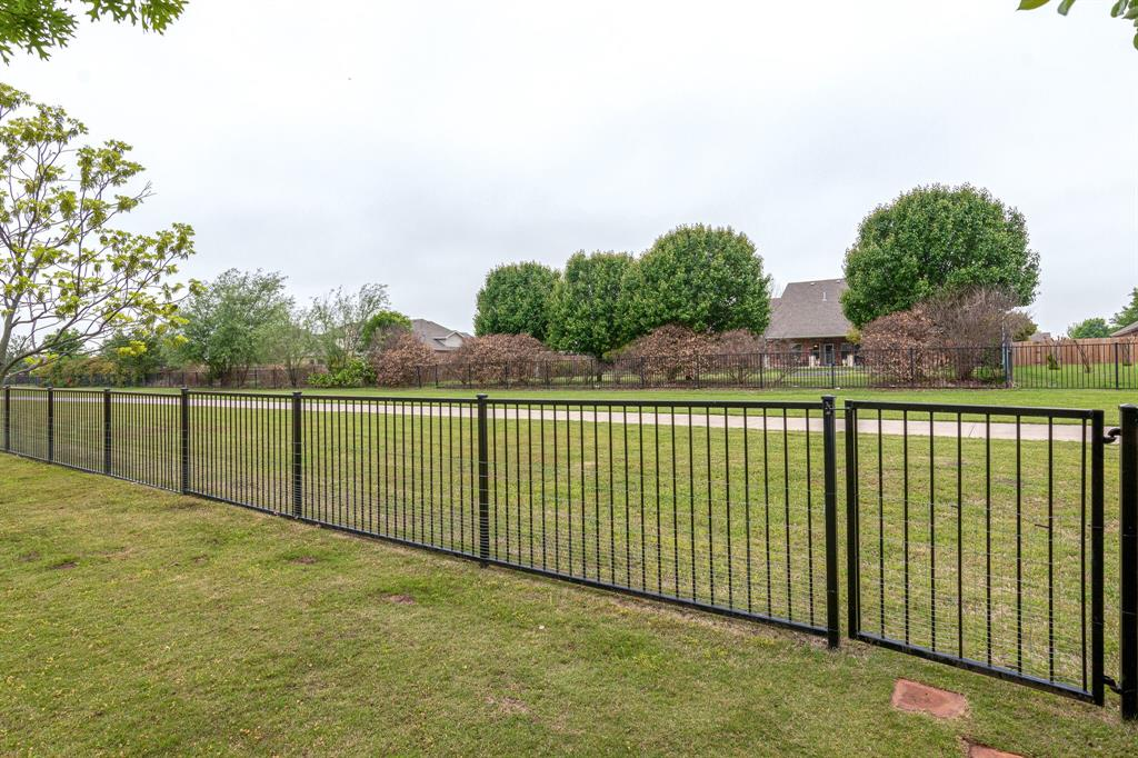 13305 Austin Stone  Drive, Fort Worth, Texas 76052 - acquisto real estate best listing photos hannah ewing mckinney real estate expert