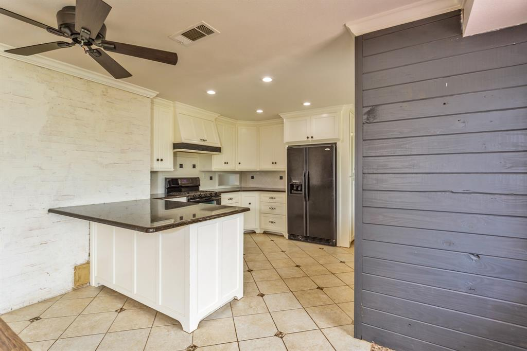 138 Silver  Street, Bowie, Texas 76230 - acquisto real estate best listing listing agent in texas shana acquisto rich person realtor