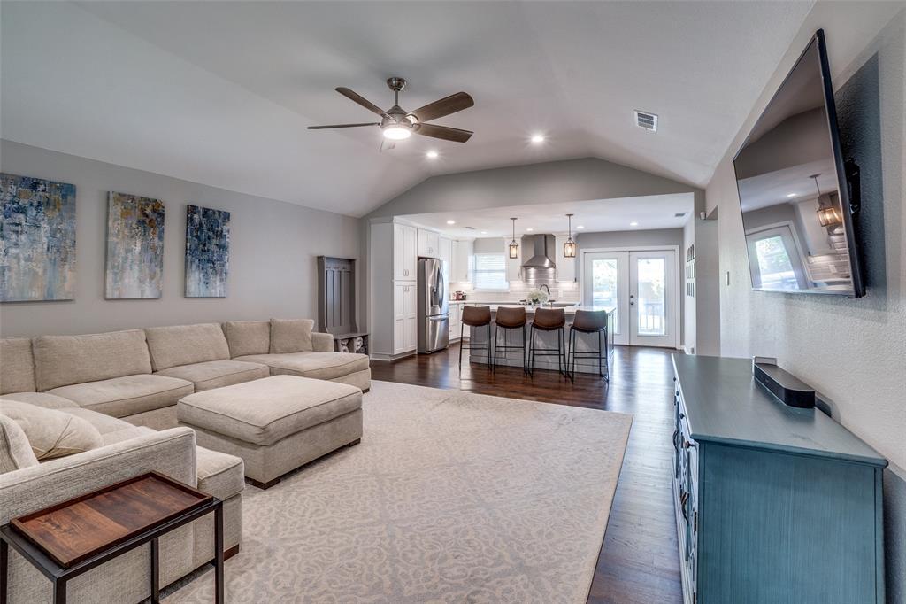 6844 Town North  Drive, Dallas, Texas 75231 - acquisto real estate best the colony realtor linda miller the bridges real estate
