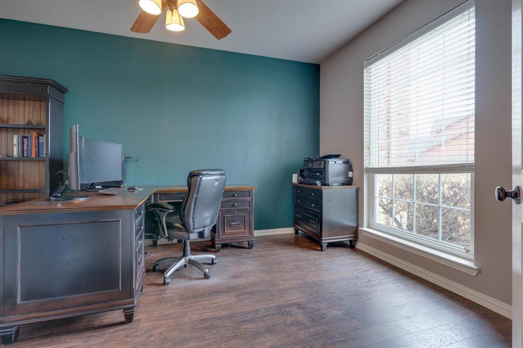 340 Cedar Crest  Drive, Justin, Texas 76247 - acquisto real estate best prosper realtor susan cancemi windfarms realtor