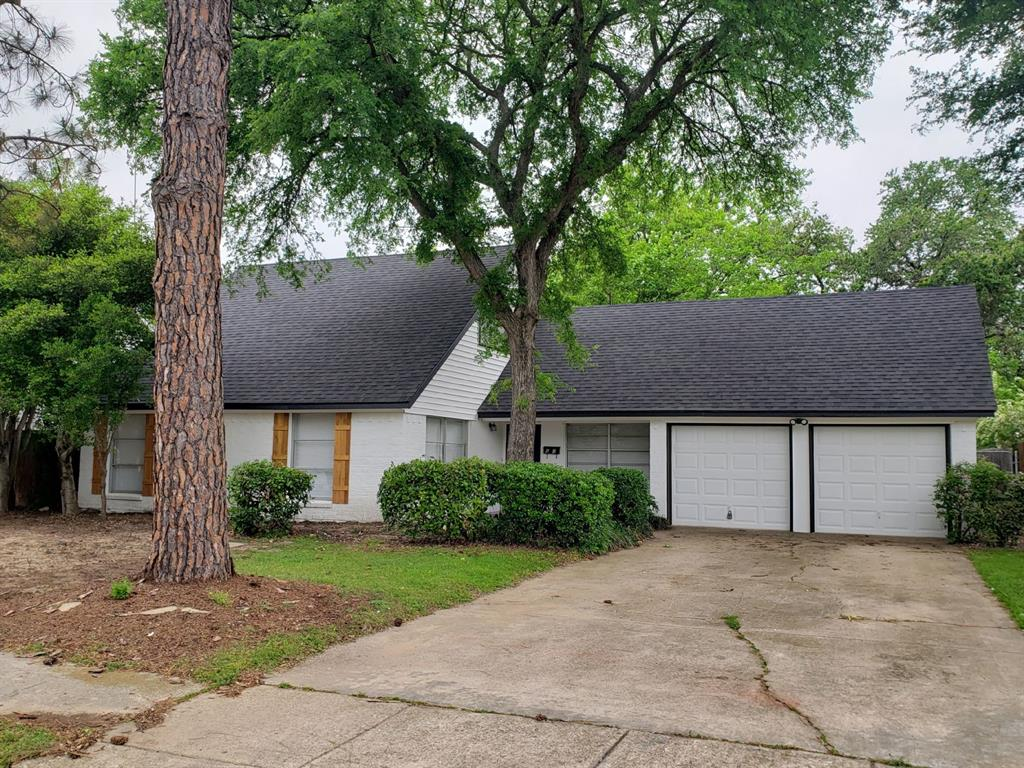 605 Lexington  Drive, Irving, Texas 75061 - Acquisto Real Estate best plano realtor mike Shepherd home owners association expert