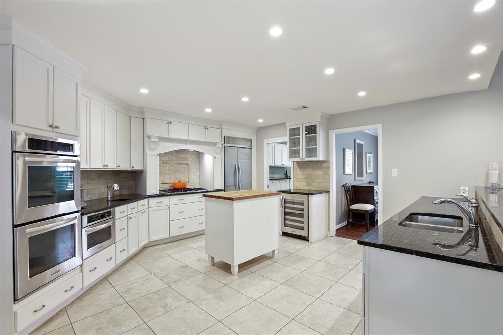 4016 Myerwood  Lane, Dallas, Texas 75244 - acquisto real estate best celina realtor logan lawrence best dressed realtor