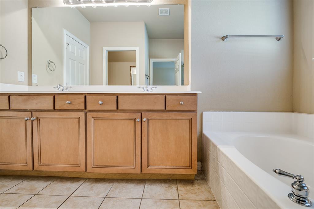 575 VIRGINIA HILLS  Drive, McKinney, Texas 75072 - acquisto real estate best style realtor kim miller best real estate reviews dfw