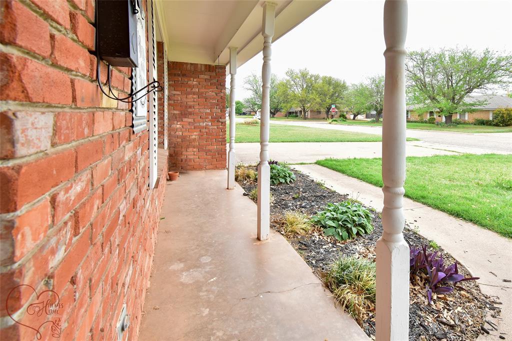 1726 Westwood  Drive, Abilene, Texas 79603 - acquisto real estate best prosper realtor susan cancemi windfarms realtor