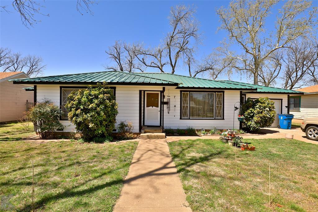 303 Roselane  Street, Winters, Texas 79567 - Acquisto Real Estate best frisco realtor Amy Gasperini 1031 exchange expert