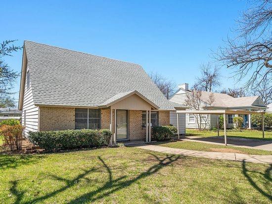 2301 Berkley  Street, Brownwood, Texas 76801 - acquisto real estate best realtor dallas texas linda miller agent for cultural buyers