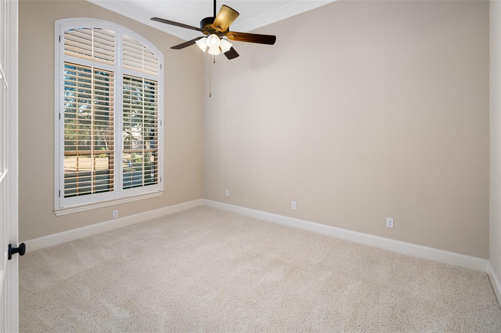 935 Pine Burst  Drive, Allen, Texas 75013 - acquisto real estate best celina realtor logan lawrence best dressed realtor