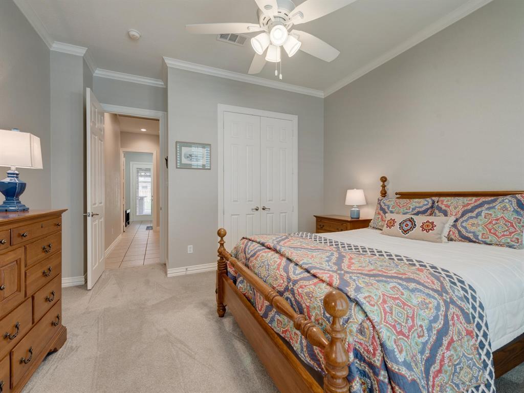 8309 Valley Oaks  Drive, North Richland Hills, Texas 76182 - acquisto real estate best negotiating realtor linda miller declutter realtor