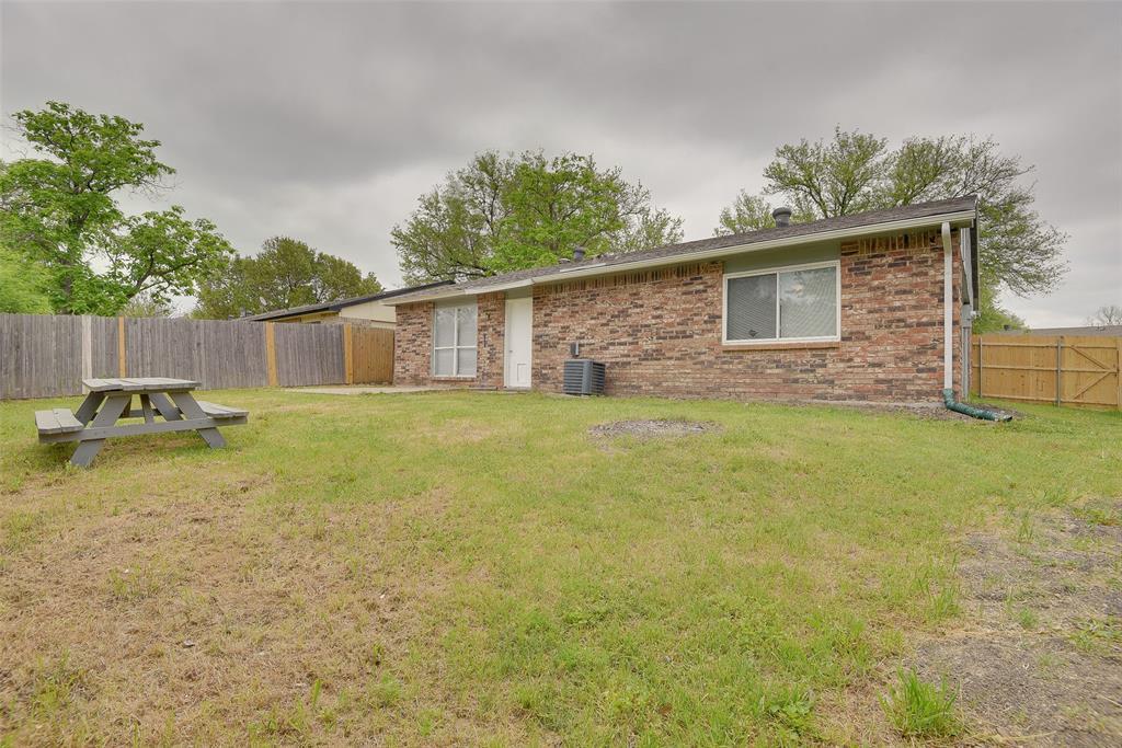 6321 Redwood  Lane, Rowlett, Texas 75089 - acquisto real estate best frisco real estate agent amy gasperini panther creek realtor