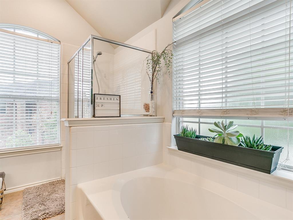 4420 Spring Garden  Drive, Arlington, Texas 76016 - acquisto real estate best photo company frisco 3d listings
