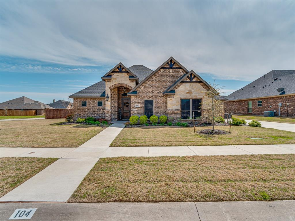 104 Piper  Parkway, Waxahachie, Texas 75165 - Acquisto Real Estate best plano realtor mike Shepherd home owners association expert