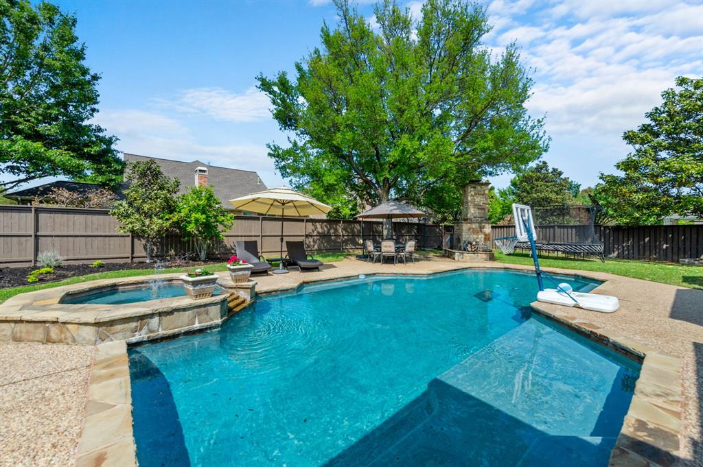 716 Bryson  Way, Southlake, Texas 76092 - acquisto real estate best park cities realtor kim miller best staging agent