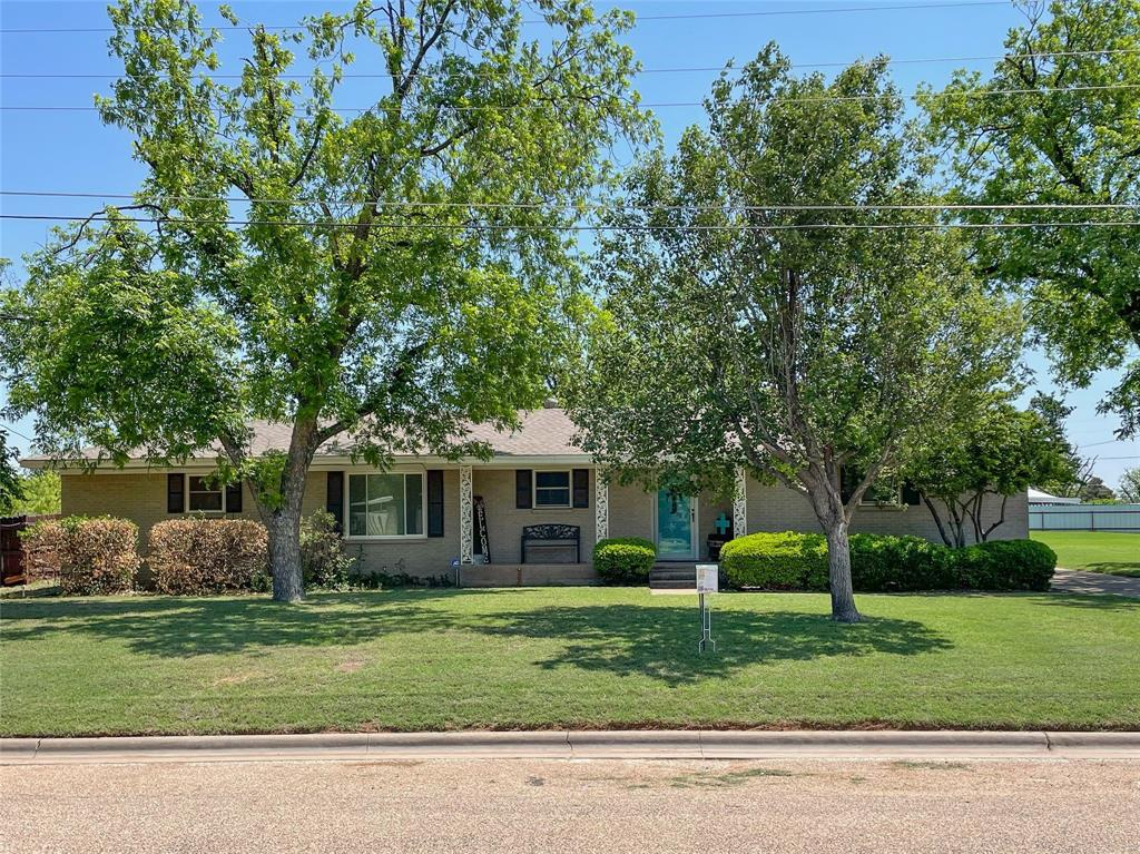 240 14th  Avenue, Munday, Texas 76371 - Acquisto Real Estate best frisco realtor Amy Gasperini 1031 exchange expert