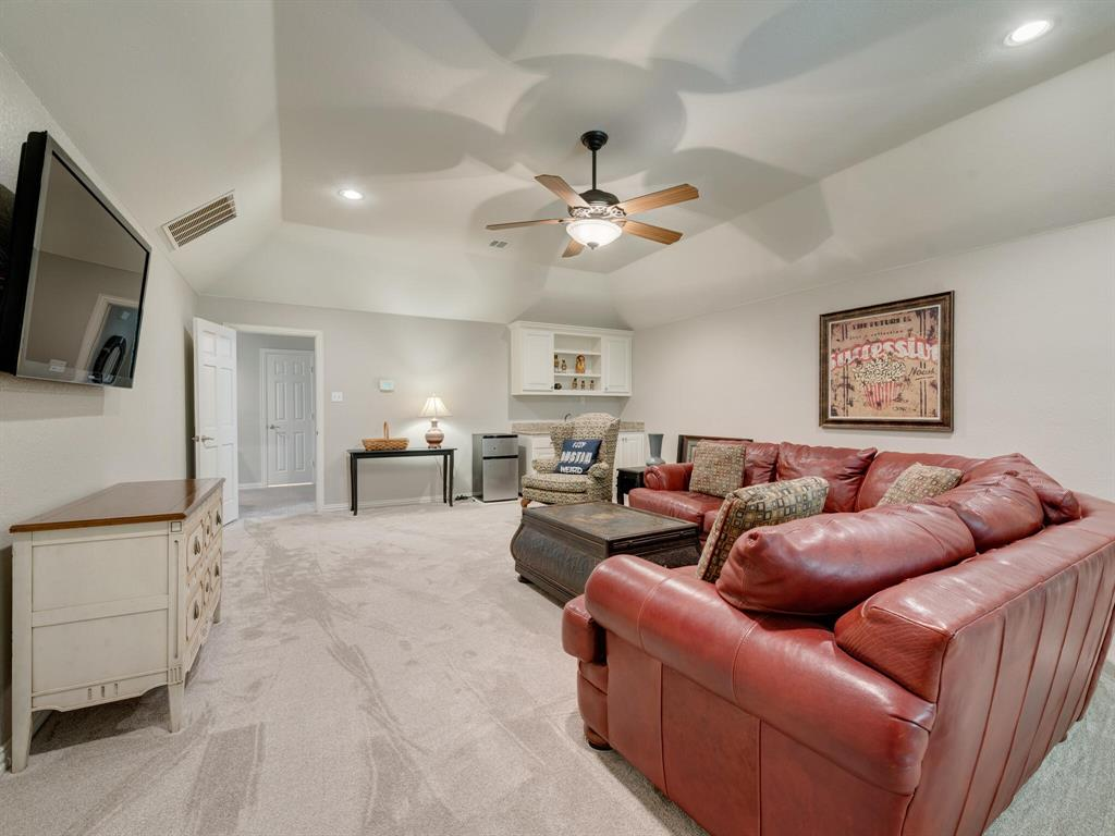 8309 Valley Oaks  Drive, North Richland Hills, Texas 76182 - acquisto real estate mvp award real estate logan lawrence