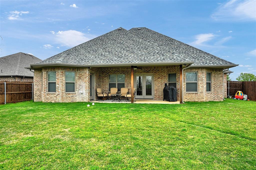 3401 Preston Club  Drive, Sherman, Texas 75092 - acquisto real estate best plano real estate agent mike shepherd