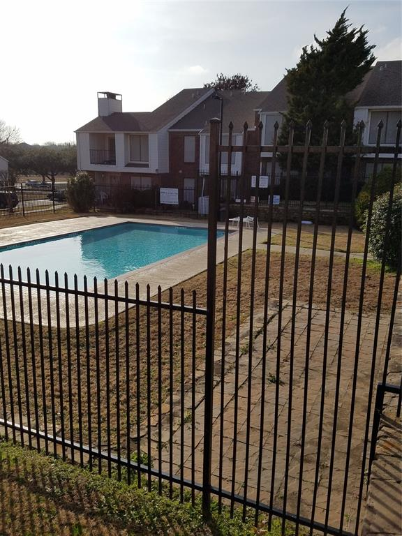 5722 Marvin Loving  Drive, Garland, Texas 75043 - acquisto real estate best negotiating realtor linda miller declutter realtor