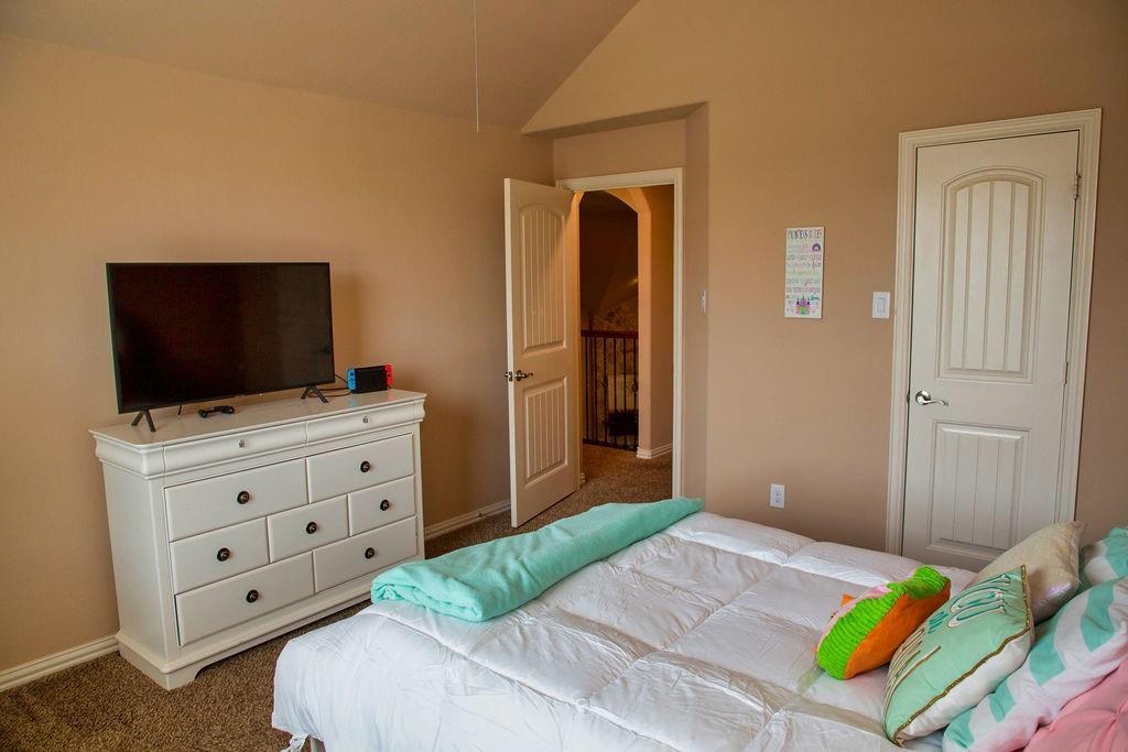 5225 Edgebrook  Way, Fort Worth, Texas 76244 - acquisto real estate best negotiating realtor linda miller declutter realtor