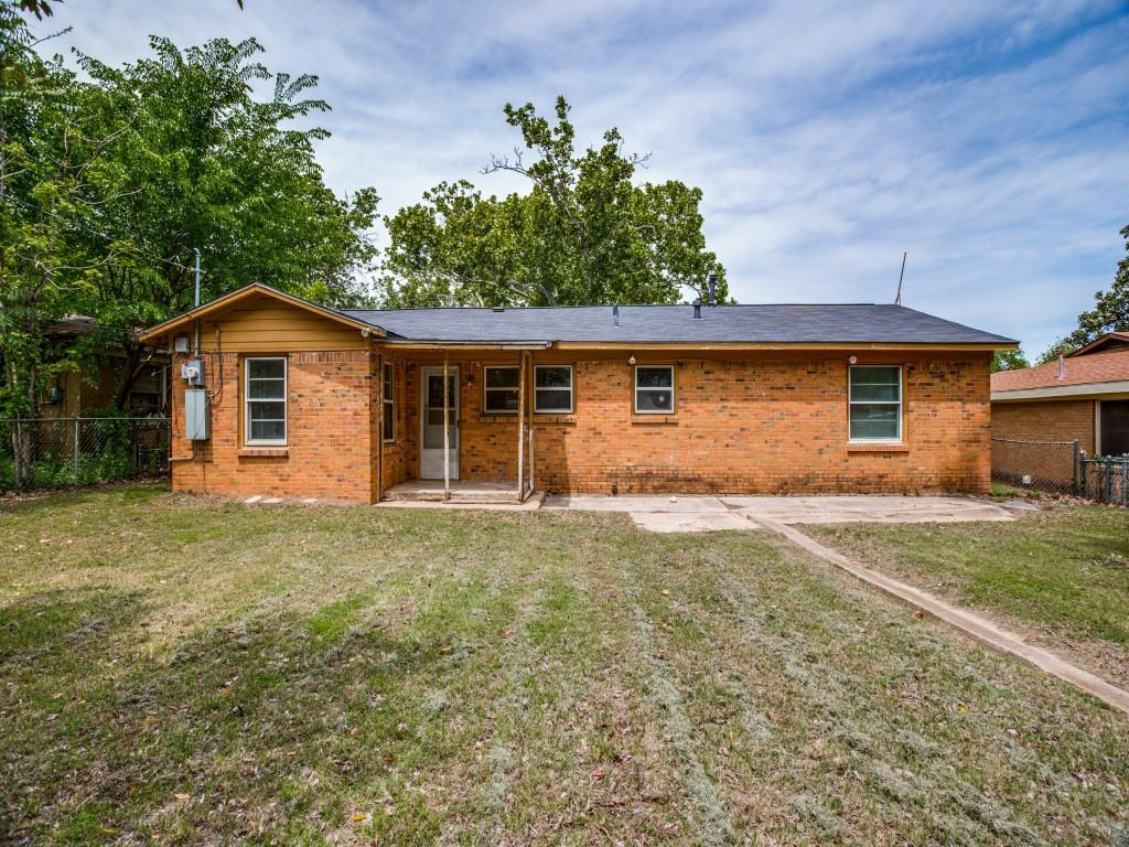 5737 Aton  Avenue, Westworth Village, Texas 76114 - acquisto real estate best park cities realtor kim miller best staging agent