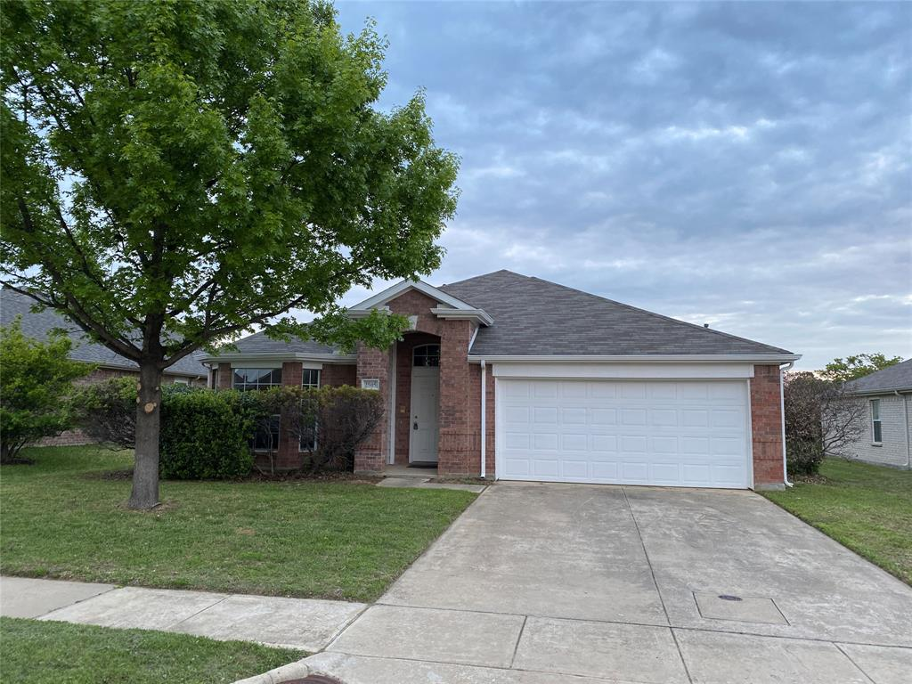 2505 Loon Lake  Road, Denton, Texas 76210 - Acquisto Real Estate best plano realtor mike Shepherd home owners association expert