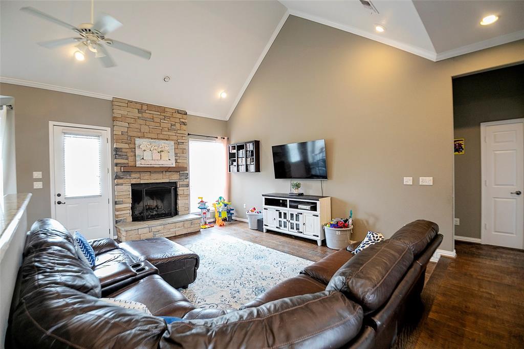 5009 Eagle Ridge  Trail, Sherman, Texas 75092 - acquisto real estate best celina realtor logan lawrence best dressed realtor