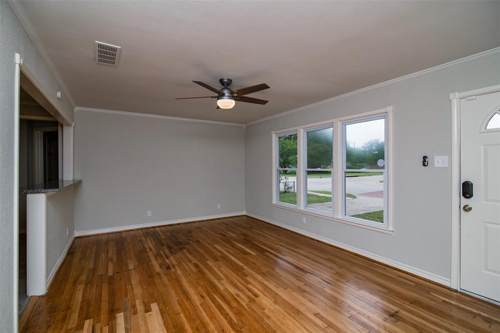 500 Ellen  Avenue, Hurst, Texas 76053 - acquisto real estate best prosper realtor susan cancemi windfarms realtor