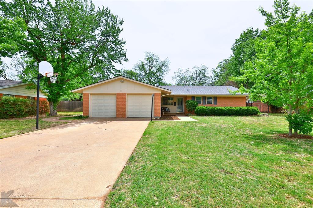 2215 Oakwood  Lane, Abilene, Texas 79605 - acquisto real estate best allen realtor kim miller hunters creek expert