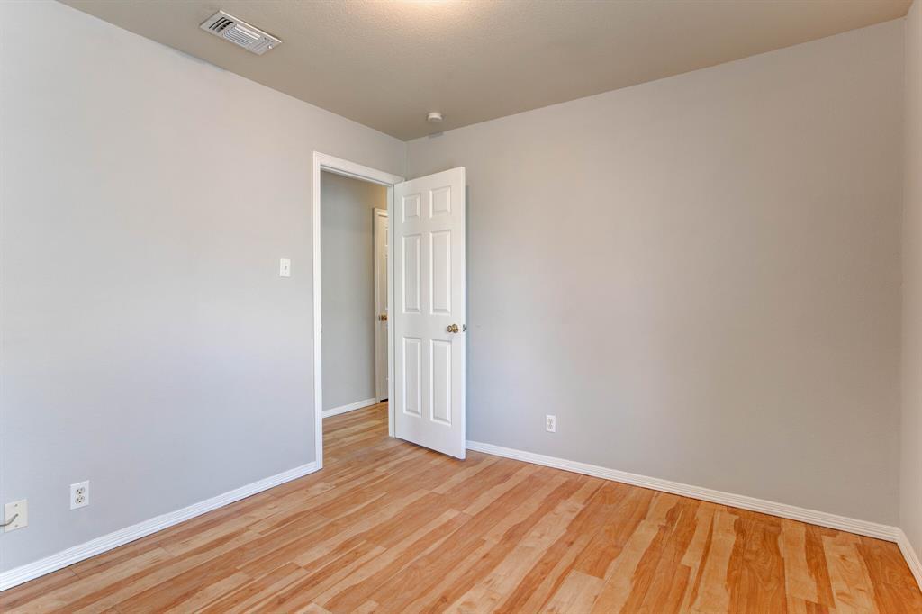 609 Race  Street, Crowley, Texas 76036 - acquisto real estate best designer and realtor hannah ewing kind realtor