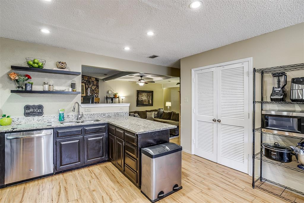 1503 Fielder  Road, Arlington, Texas 76012 - acquisto real estate best luxury buyers agent in texas shana acquisto inheritance realtor