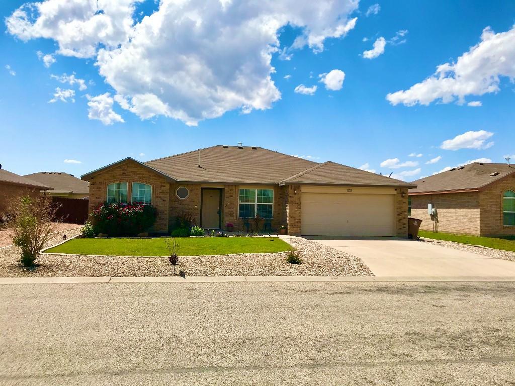 1215 Johnny  Lane, San Angelo, Texas 76905 - Acquisto Real Estate best frisco realtor Amy Gasperini 1031 exchange expert