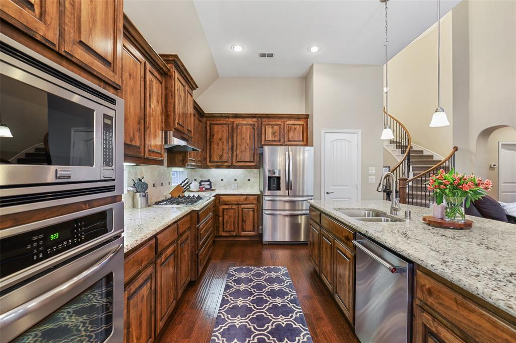 8316 Saint Clair  Drive, McKinney, Texas 75071 - acquisto real estate best real estate company in frisco texas real estate showings