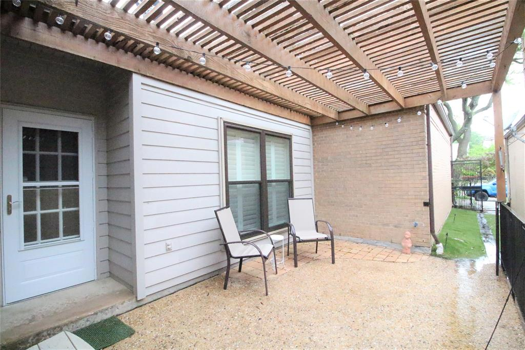 54 Crown  Place, Richardson, Texas 75080 - acquisto real estate mvp award real estate logan lawrence