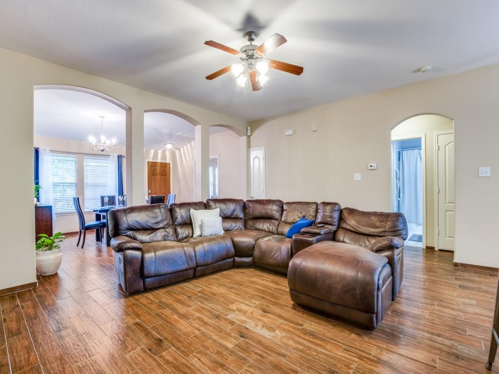 2110 Rose May  Drive, Forney, Texas 75126 - acquisto real estate best celina realtor logan lawrence best dressed realtor