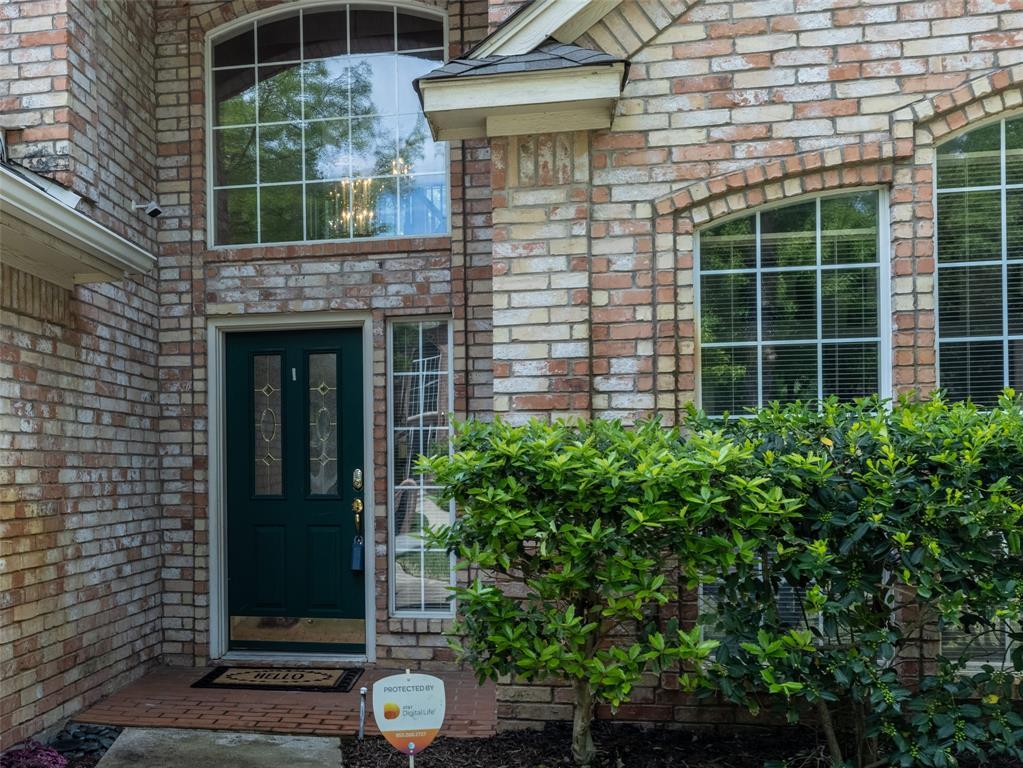 2108 Hidden Woods  Court, Arlington, Texas 76006 - acquisto real estate best allen realtor kim miller hunters creek expert