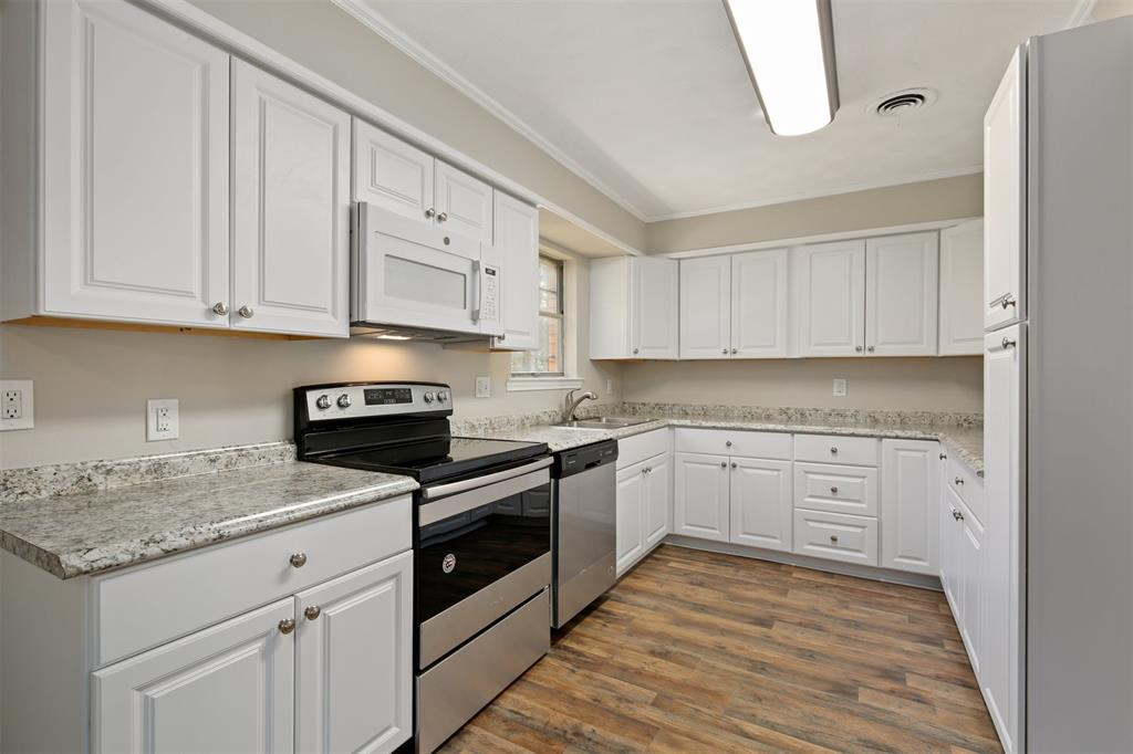 7006 Antler  Avenue, Dallas, Texas 75217 - acquisto real estate best celina realtor logan lawrence best dressed realtor