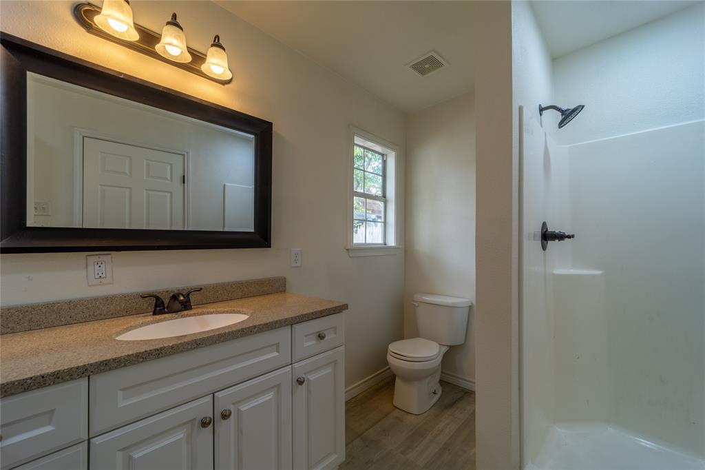 1065 Pecan  Street, Stephenville, Texas 76401 - acquisto real estate best negotiating realtor linda miller declutter realtor