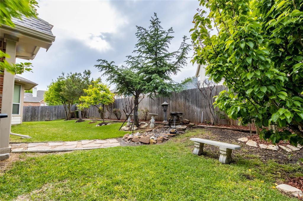 2620 Waterfront  Drive, Grand Prairie, Texas 75054 - acquisto real estate mvp award real estate logan lawrence