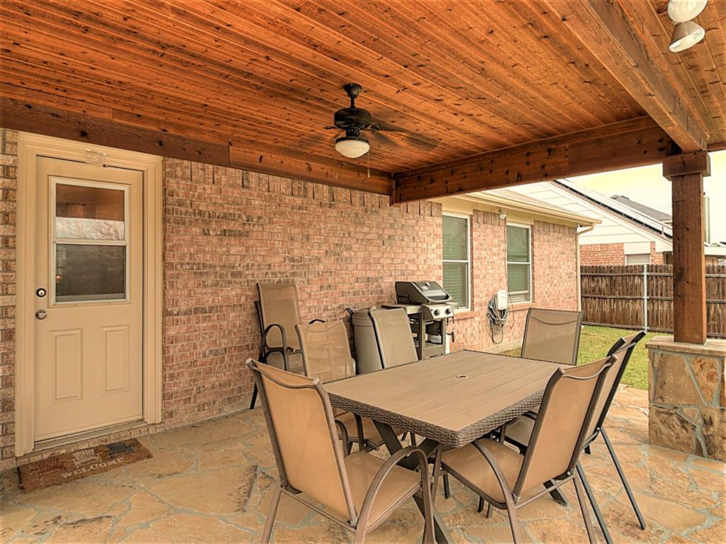 616 Creekview  Drive, Burleson, Texas 76028 - acquisto real estate mvp award real estate logan lawrence