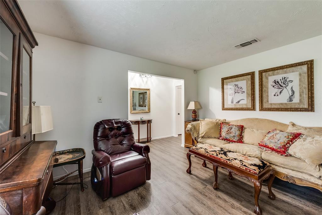 10 Townhouse  Lane, Grand Prairie, Texas 75052 - acquisto real estate best prosper realtor susan cancemi windfarms realtor