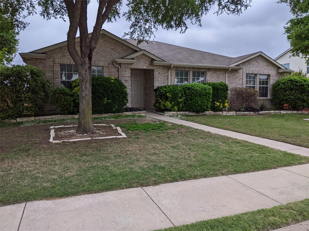 905 Meadowgate  Drive, Allen, Texas 75002 - Acquisto Real Estate best plano realtor mike Shepherd home owners association expert