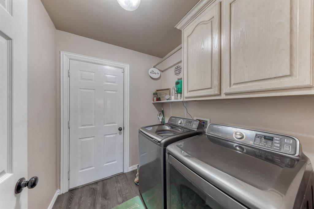 1029 Calinco  Drive, Granbury, Texas 76048 - acquisto real estate best designer and realtor hannah ewing kind realtor