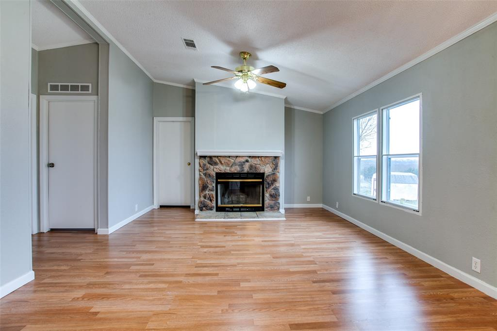 1354 County Road 490  Princeton, Texas 75407 - acquisto real estate best real estate company to work for